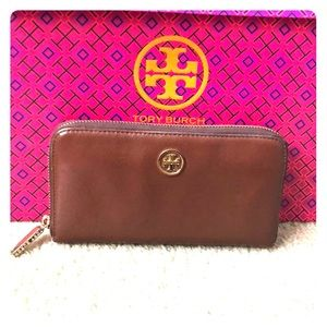 Authentic Tory Burch continental camel brow wallet